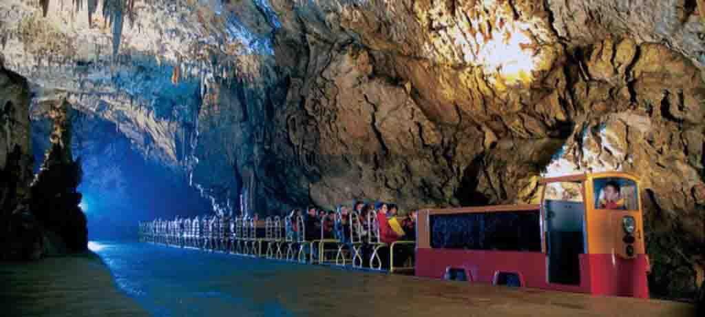 caverna-de-postojna-eslovenia